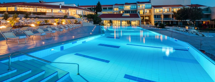 Valamar Argosy Hotel is one of Joud's Liked Places.