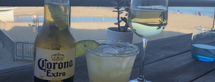 Jack O'Neill Lounge is one of Posti che sono piaciuti a Odile.