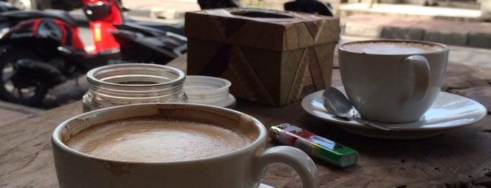 F.R.E.A.K Coffee is one of Где поесть в Убуде.