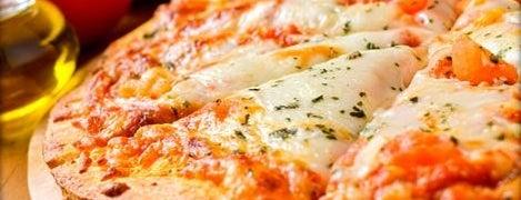 La Cueva is one of I love Pizza! I migliori sconti nelle Pizzerie.