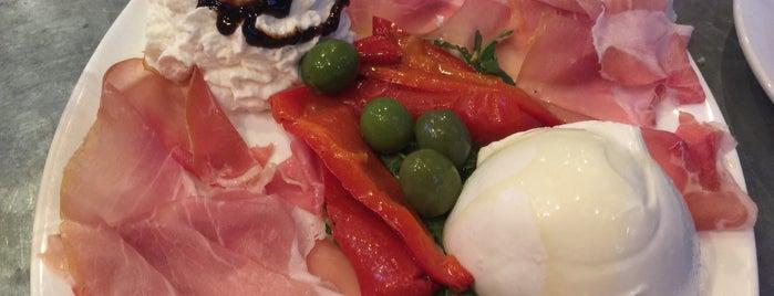 San Matteo Pizzeria e Cucina is one of Orte, die Gennady gefallen.