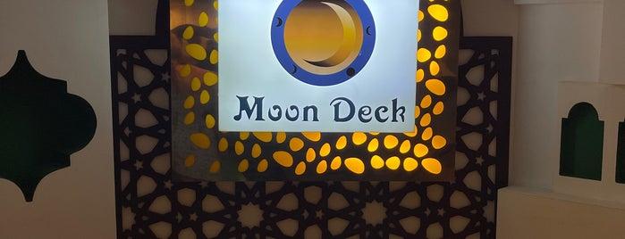 Moon Deck is one of Soly'un Kaydettiği Mekanlar.