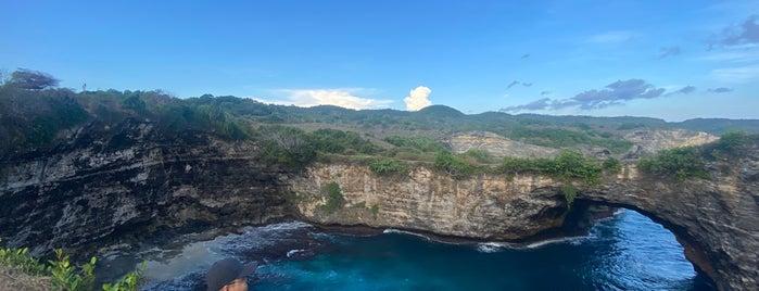 Broken Beach is one of Bali Indonésie 🇮🇩.