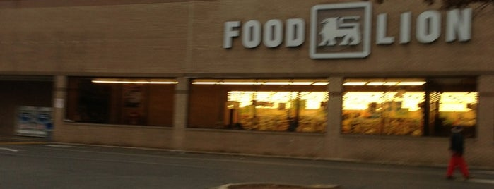 Food Lion Grocery Store is one of Posti che sono piaciuti a Pablo.