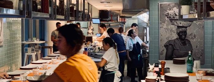 Obra Kitchen Table is one of Posti che sono piaciuti a Mara.