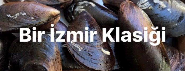 Karaburun Midye Dolma is one of İzmirsis.