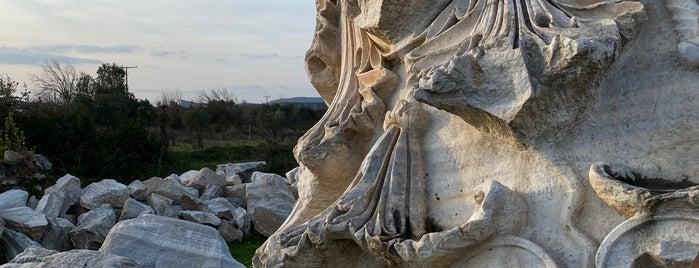 Kyzikos Antik Kenti is one of ANCIENT LOCATIONS IN TURKEY.