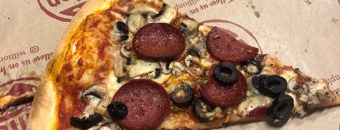 Willion Pizza is one of Tempat yang Disimpan Ibrahim.