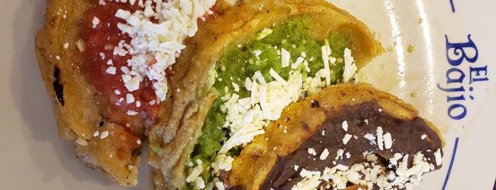 Restaurante El Bajio is one of Donde comer.