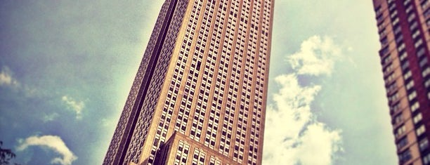 엠파이어 스테이트 빌딩 is one of NYC - M.