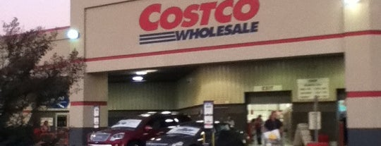 Costco is one of Lieux qui ont plu à Donna.