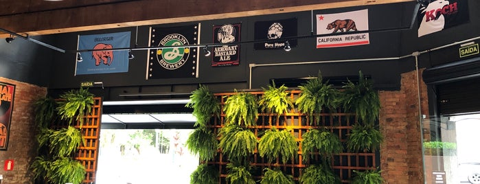 Pure Hops Craft Beer is one of Lugares favoritos de Marcos.