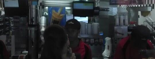 McDonald's is one of Locais curtidos por SUEBOO.