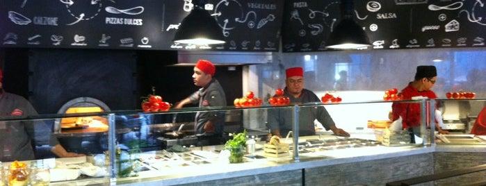 La Fabbrica -Pizza Bar- is one of Best of La Condesa.