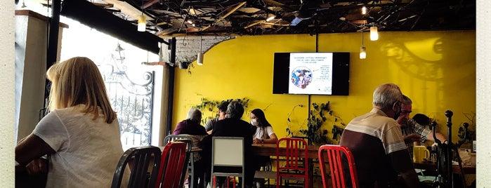Restaurante Central 1123 is one of Con amigas.