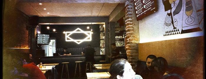 Tasting Room is one of Lugares favoritos de Ale.