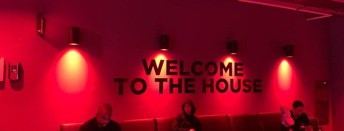 Tone House NOMAD is one of สถานที่ที่ Carl-Adam ถูกใจ.