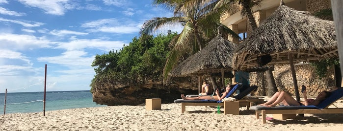 Leopard Beach Resort & Spa is one of Diani Beach - Kenia.