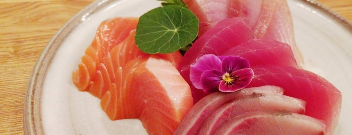 Akiko's Restaurant & Sushi Bar is one of The 38 Essential SF Restaurants, Winter.