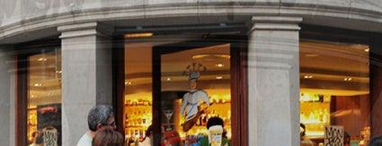 Montesquiu is one of Restaurantes para dejarse ver.