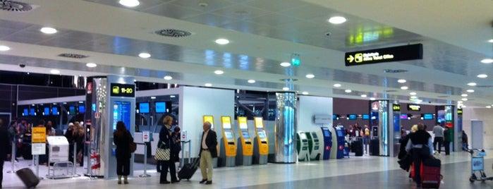 Aeroporto di Firenze (FLR) is one of Top 100 Check-In Venues Italia.