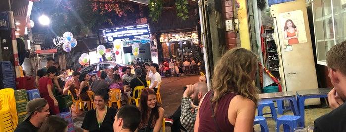 Bia Thanh Hằng is one of Orte, die Marina gefallen.