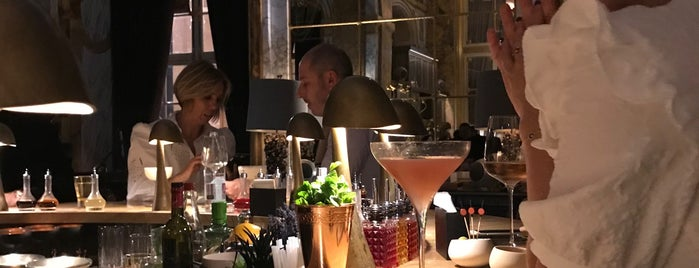 Bar Les Ambassadeurs is one of Paris 2018.