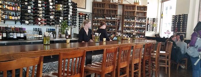 Downtown Wine Merchants is one of Lugares favoritos de Brandon.