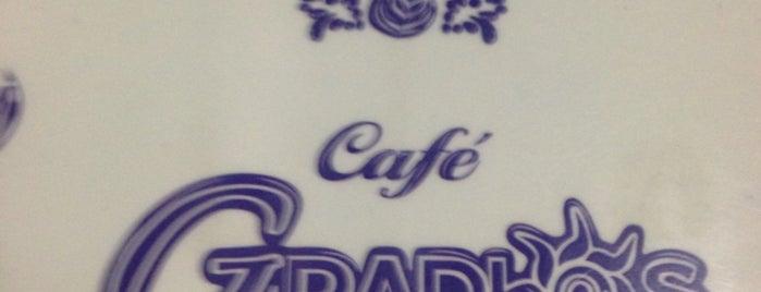 Gradios Deli Cafe is one of Orte, die Dave gefallen.