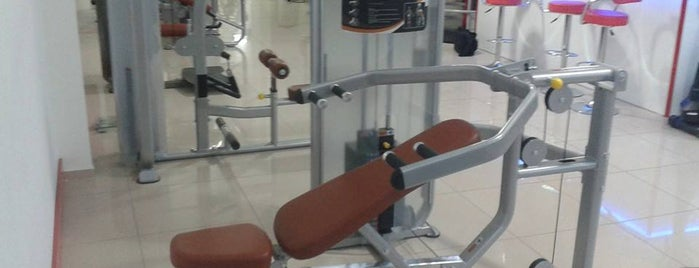 "RedLine Fitness Center is one of ""Terleten"" Mekanlar."