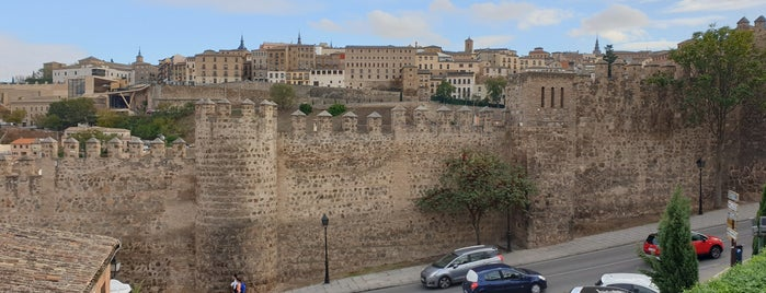 Toledo is one of Capitales de provincia.