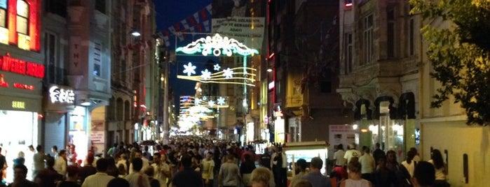 İstiklal Caddesi is one of Istanbul - En Fazla Check-in Yapılan Yerler-.