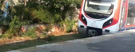Kazlıçeşme Tren İstasyonu is one of Posti che sono piaciuti a sürücü kursu.