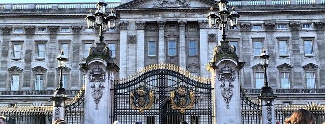 Buckingham Palace is one of Follow the Orient Express — Şark Ekspresi.