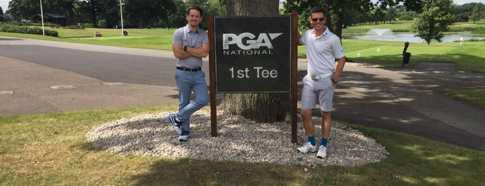 PGA National Golf Course is one of Lieux qui ont plu à Mike.