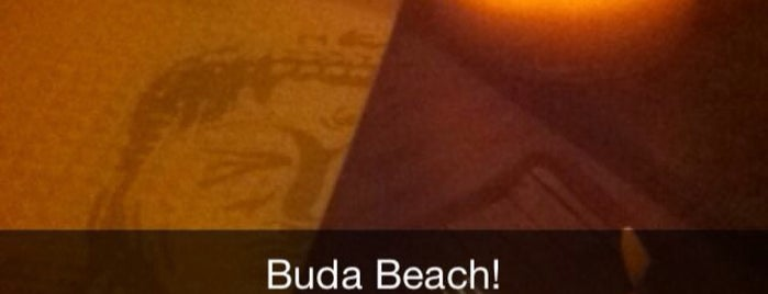 Buda Beach is one of Locais curtidos por Claudieny.