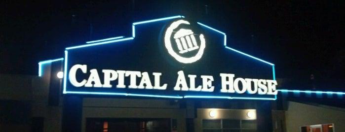 Capital Ale House is one of สถานที่ที่ Eric ถูกใจ.
