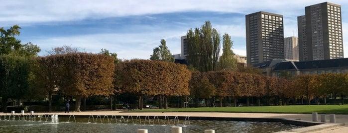 Parc de Choisy is one of Lieux qui ont plu à Dark.Ginger.