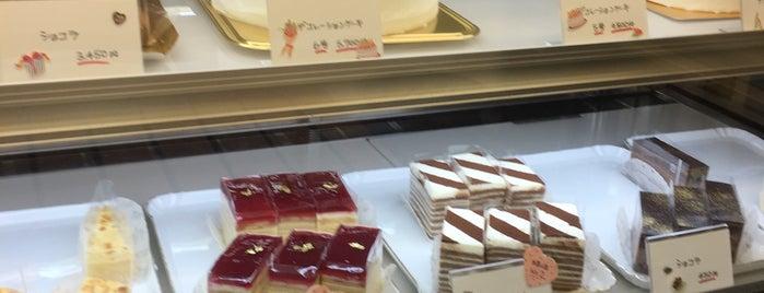 ガーデニア洋菓子店 is one of สถานที่ที่ ジャック ถูกใจ.