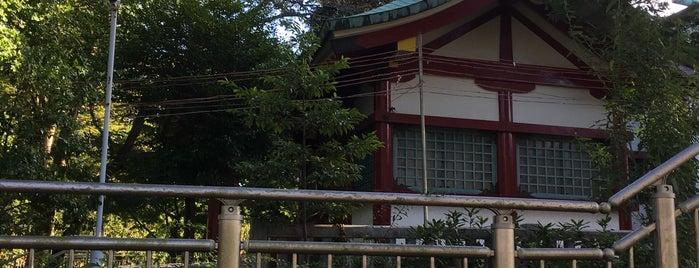 粕谷八幡神社 is one of 神社.