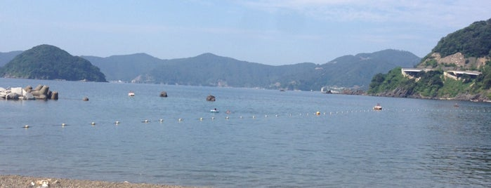 食見海水浴場 is one of 観光地.