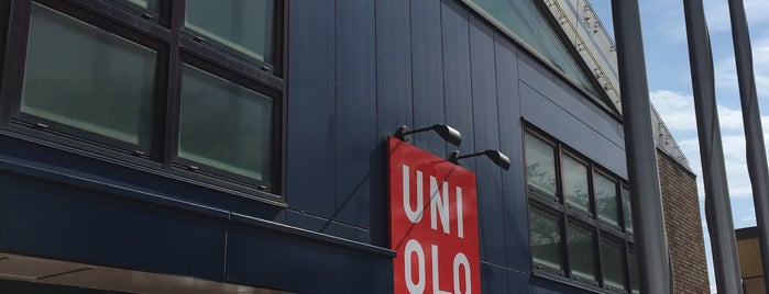 UNIQLO is one of Lugares favoritos de ジャック.
