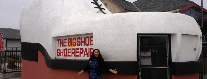 Big Shoe Repair is one of Twerksgiving.