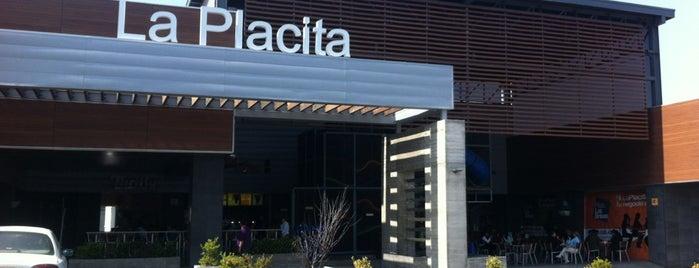 Plaza Las Brisas is one of Posti che sono piaciuti a Naye.
