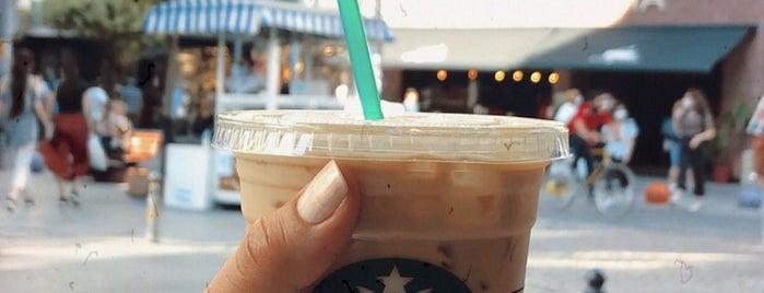 Starbucks is one of Locais curtidos por Ayşem.