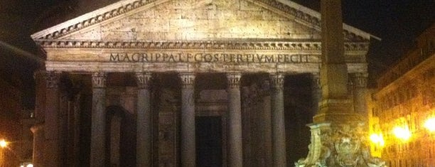 Fortunato al Pantheon is one of That dolce far niente thing -R.