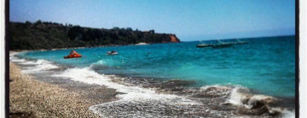 Lourdata Beach is one of Guía de Cefalonia.