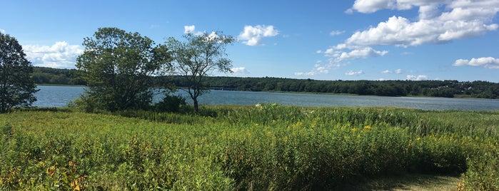 Maine Audubon Society Gilsland Farm is one of Orte, die Dana gefallen.