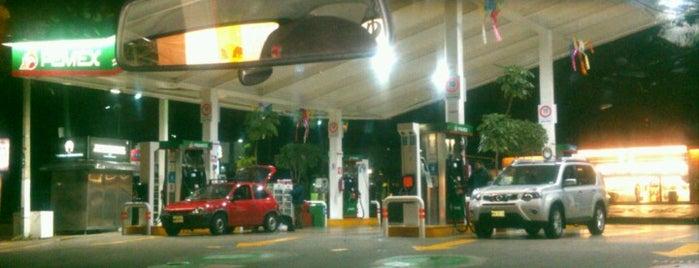Gasolinera tecamachalco is one of Tempat yang Disukai Joaquin.