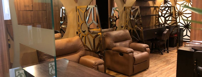 El Dorado Lounge Mastercard is one of สถานที่ที่ Jimmy ถูกใจ.